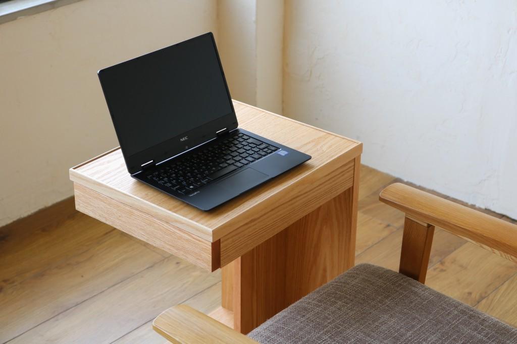 サイドテーブル PC