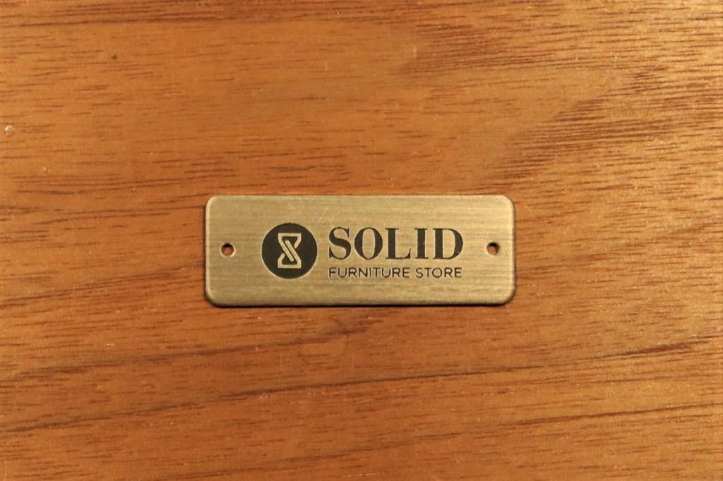 SOLIDロゴプレート4
