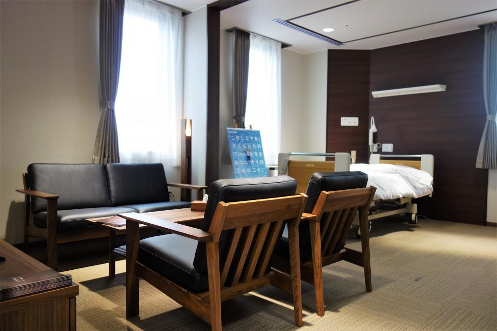 横田記念病院  特別室  ミヤモト家具 (1)