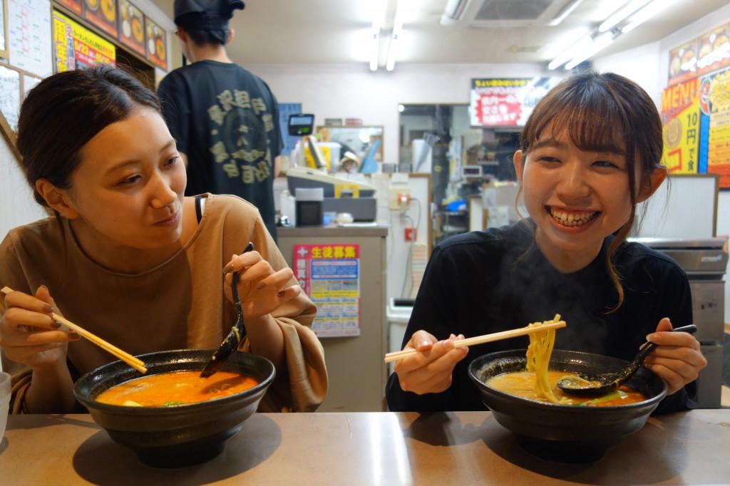 ラーメンとんとん森本店×SOLID金沢家具屋の夜食 (10)