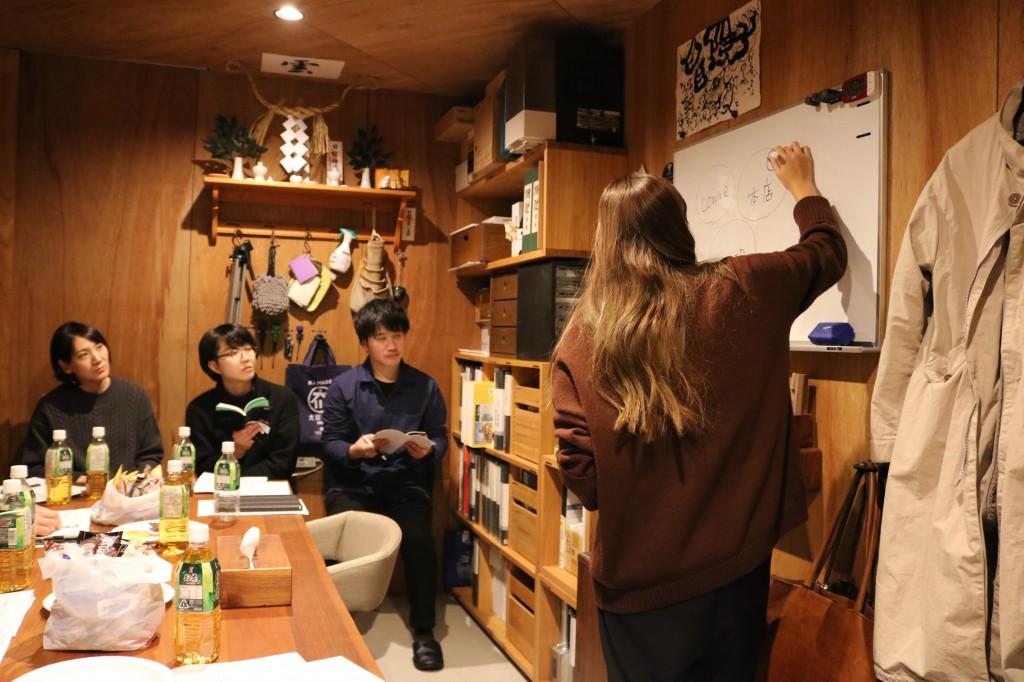 ナガノインテリア SOLID大阪 井手菜実・酒井克也 ミヤモト家具SOLIDにて研修中 (93)