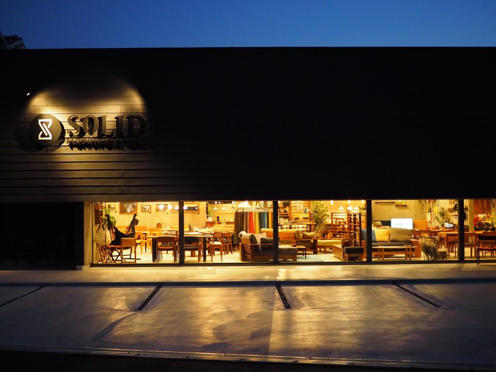 SOLID大阪 オープンしました! (1)