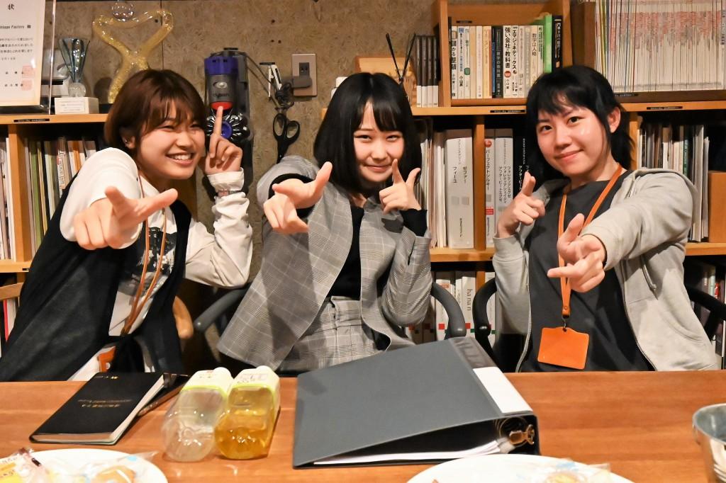 頑張れ!コロナ世代!ミヤモト家具 (1)