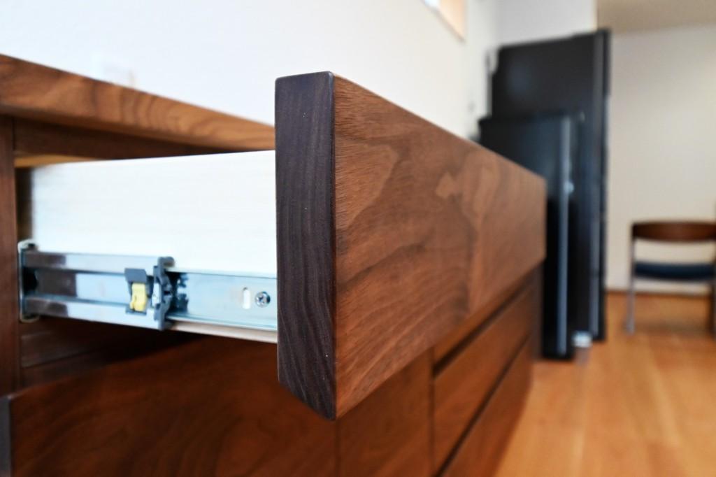 K様 特注・造作カウンター型ウォールナット無垢材カップボード【食器棚】 (10)